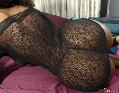 EbonyAssBest4UX, 48 – Live Adult cam-girls and Sex Chat on Livex-cams